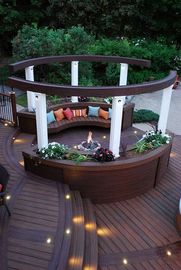Wooden Bench Planters with an Enclosed Firepit | Awesome Firepit Area Ideas For Your Outdoor Activities