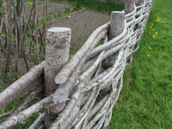 DIY Fence Ideas: Rustic Raw Wood Woven Wattle Fence