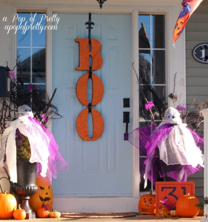 Fun Fear | Scary DIY Halloween Porch Decoration Ideas | vintage halloween porch