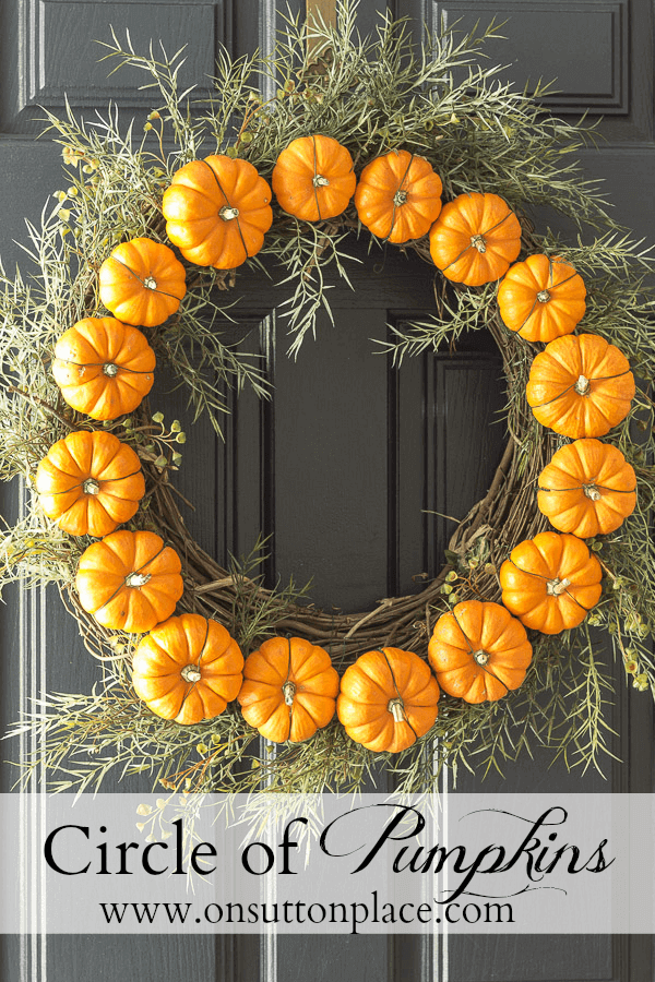 Circle of Pumpkins Wreath