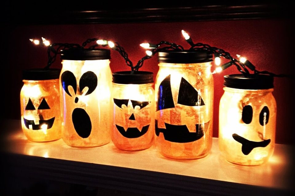 Spooky Lanterns Made Easy | DIY Indoor Halloween Decorating Ideas