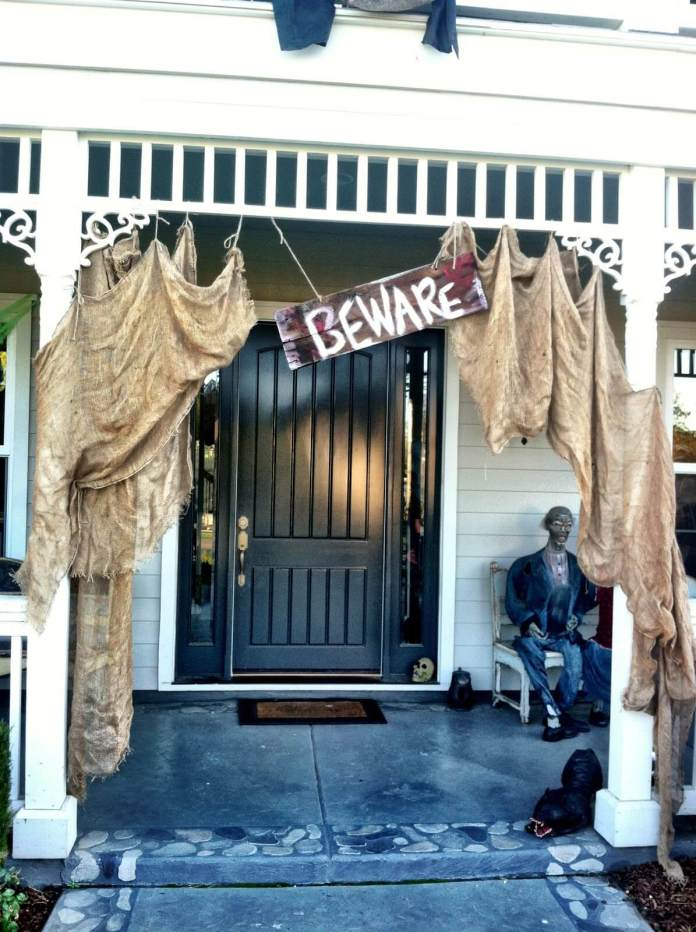 100-Year-Old House Untouched for Years | Scary DIY Halloween Porch Decoration Ideas | vintage halloween porch