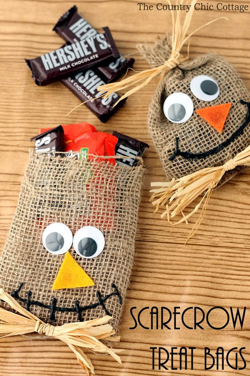 Friendly Treat Bags | Awesome DIY Halloween Party Decor | BHG Halloween