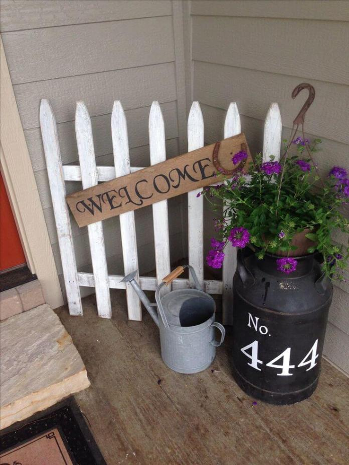 A White Picket Fence Welcome | Vintage Porch Decor Ideas