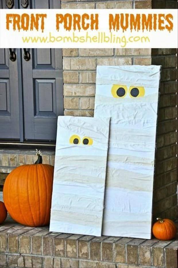 Please Stop and Play With Us   Scary DIY Halloween Porch Decoration Ideas   vintage halloween porch