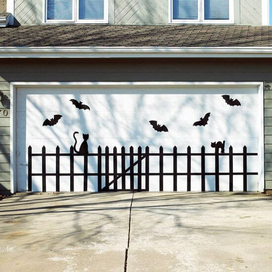 Halloween Door Decoration Ideas: Cat on the Fence