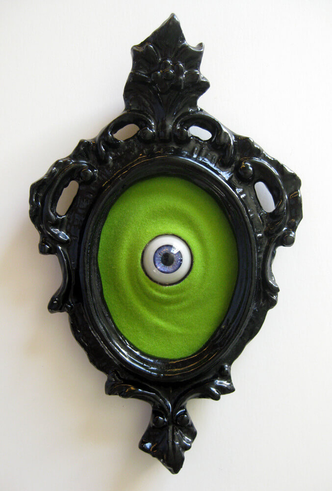 Halloween Door Decoration Ideas: Here's Lookin' at You, Kid