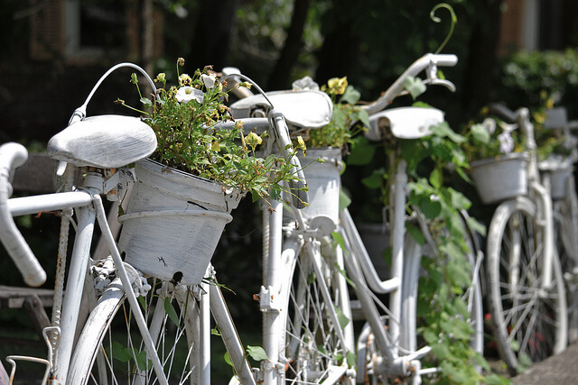 Bicycle fence | Bicycle Garden Planter Ideas For Backyards | FarmFoodFamily