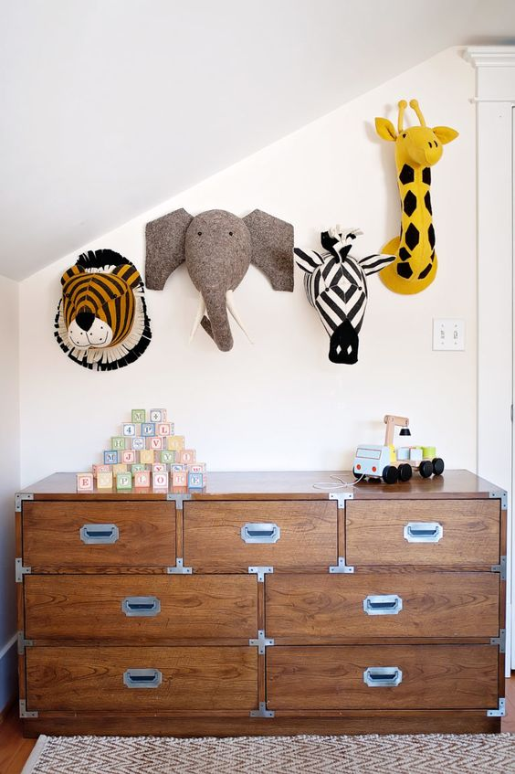 Big boy room for wild man | Cool Zoo Themed Bedroom Ideas For Kids or Nursery