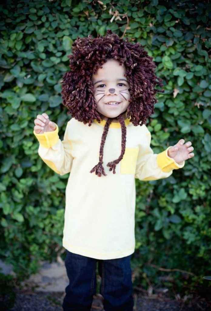 Easy No-Sew Kids Lion Halloween Costume | Animal Halloween Costumes for Kids, Adults - FarmFoodFamily.com