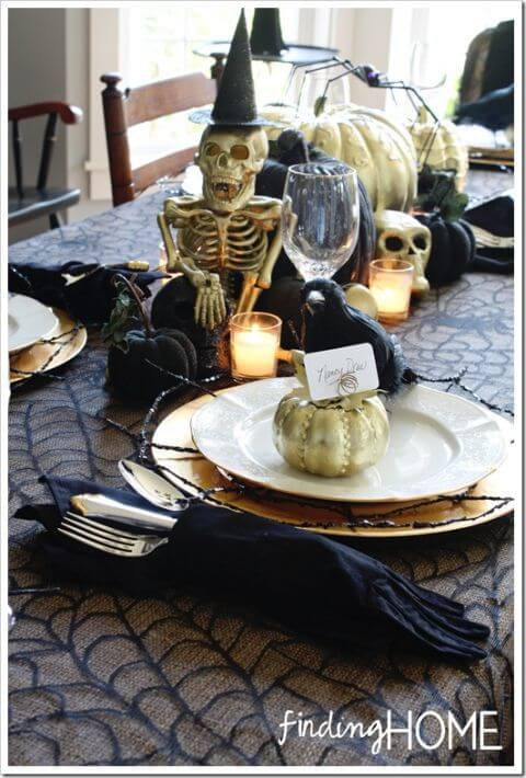 Elegantly Spooky Halloween Tablescape | Fun & Spooky Halloween Table Decoration Ideas - FarmFoodFamily.com