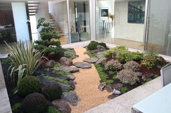 Small Zen Garden With Shrubs | Zen Garden Designs & Ideas