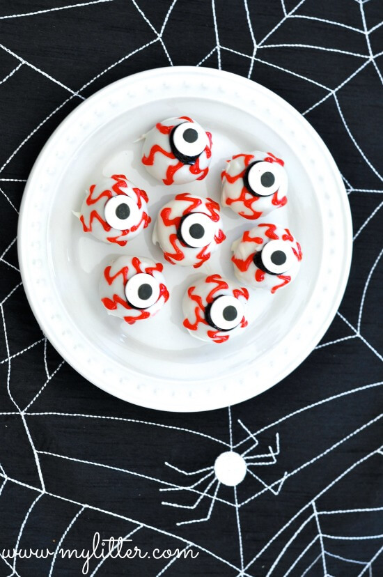 Halloween Cake Pops Scary Eyeballs | Halloween Party Food Ideas | Halloween Party Themes For Adults