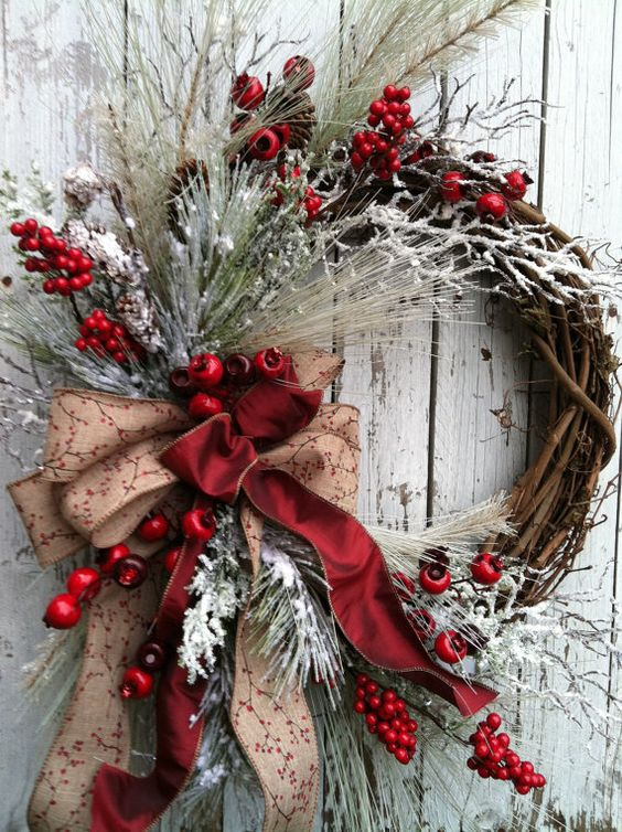 Winter Christmas Wreath for Door Red | Creative, Easy, and Inexpensive Christmas Wreaths | Farmfoodfamily.com