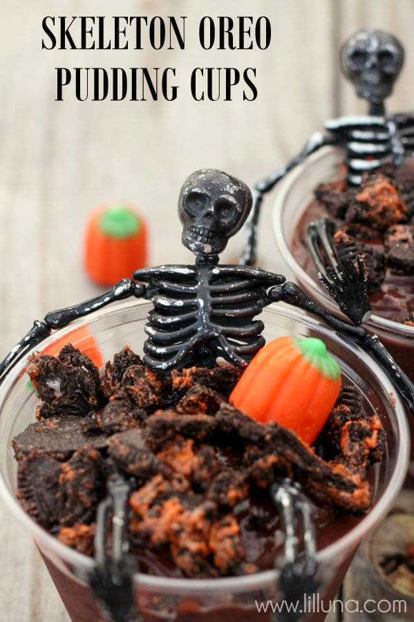 Skeleton Pudding Cups | Halloween Party Food Ideas | Halloween Party Themes For Adults