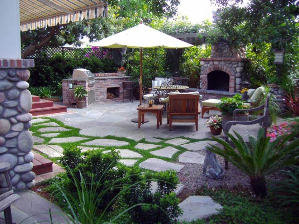 Barbecue garden design   Six Mistakes to Avoid When Landscaping