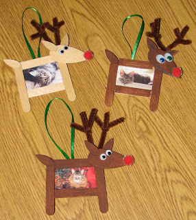 Photo frame ornaments pictured | Photo Frames | Easy, Inexpensive, and Creative Christmas Crafts for Kids