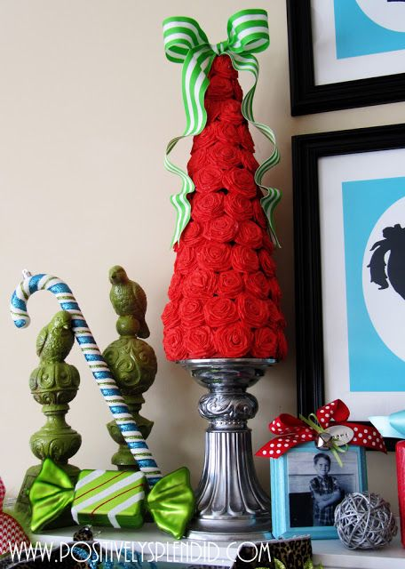 Rolled rosette Christmas tree craft