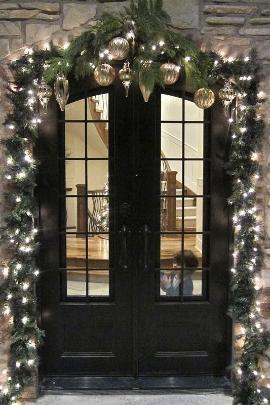 Outdoor Christmas decor | Christmas Door and Window Lighting Decorating Ideas