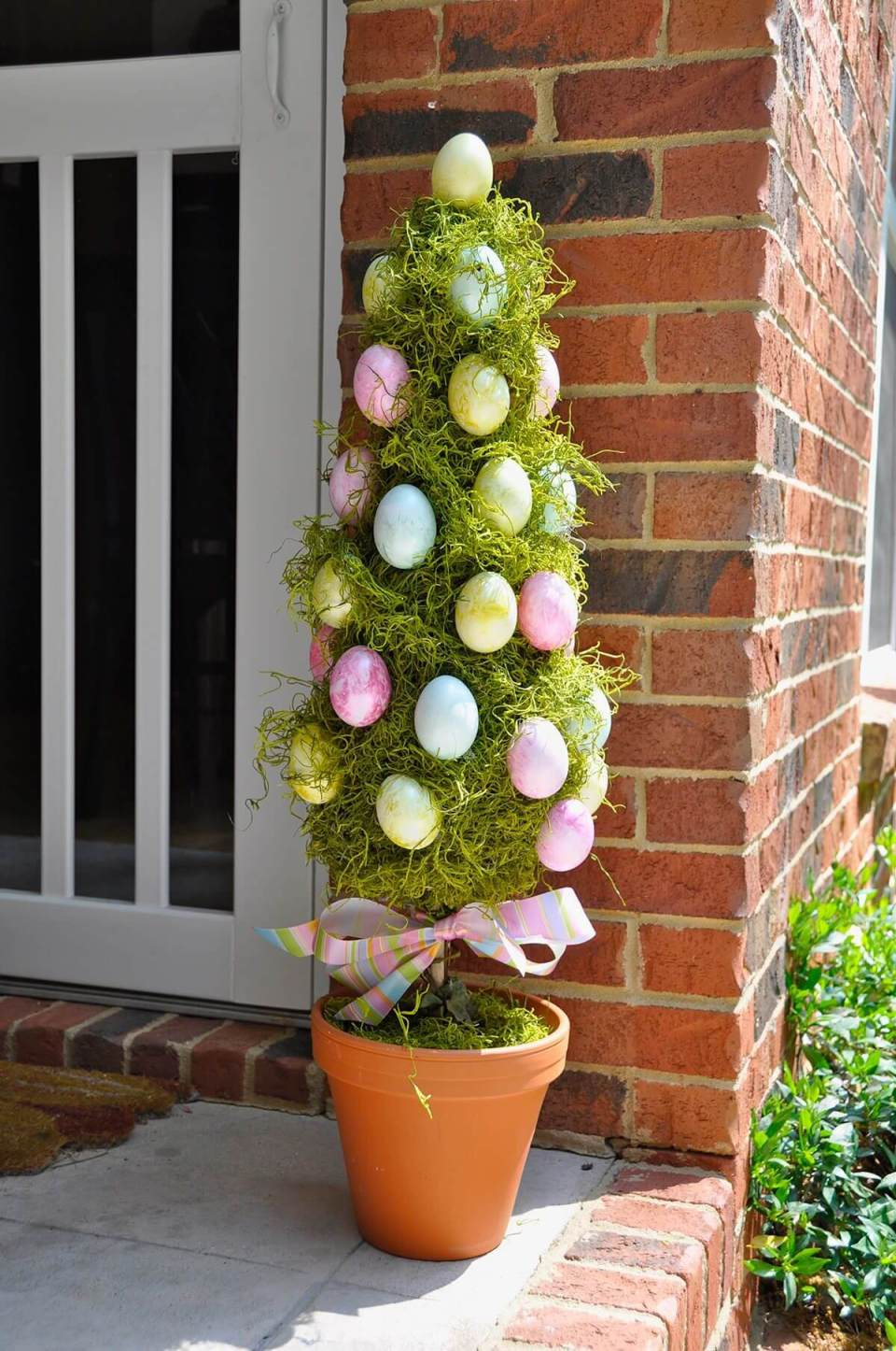 DIY Egg Tree Project Decoration Noel | Best Easter Porch Decorating Ideas