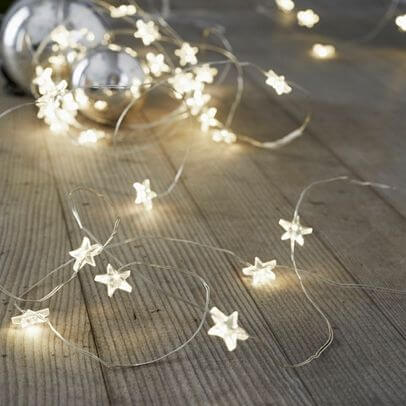 Lighting for comfy festive bedroom | Best Fairy Light Decoration Ideas