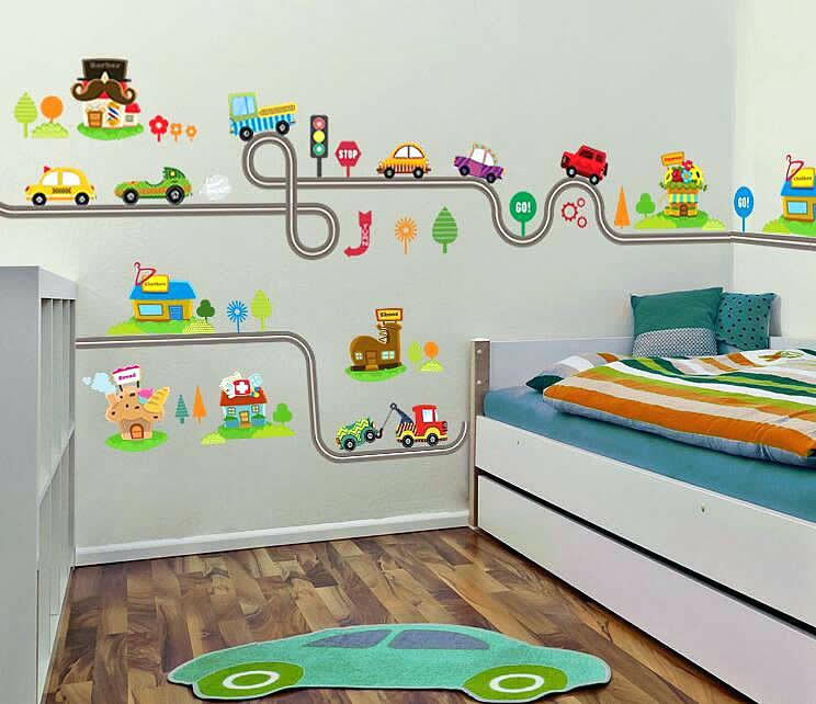 Train wall decor | Decorating a Train Theme Nursery or Bedroom