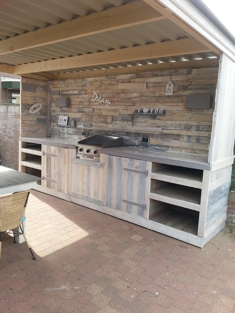 Cottage Kitchen | DIY Outdoor Kitchen Ideas (Cheap, Simple, Modern, and Country)