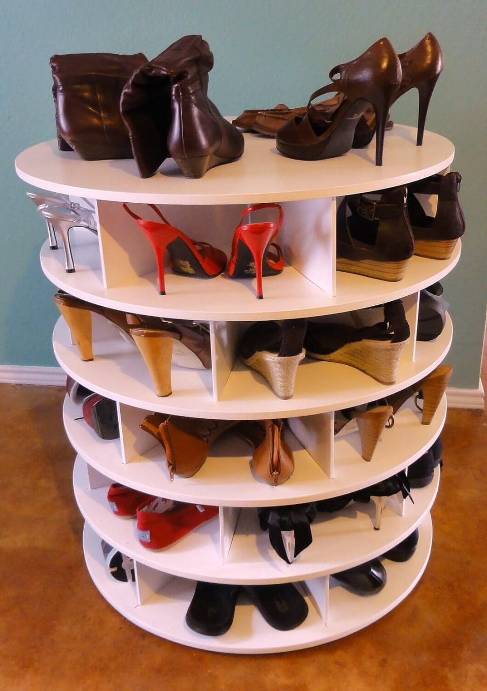 Lazy susan for shoe storage | Smart Shoe Storage Ideas & Designs For Any Zoom Size