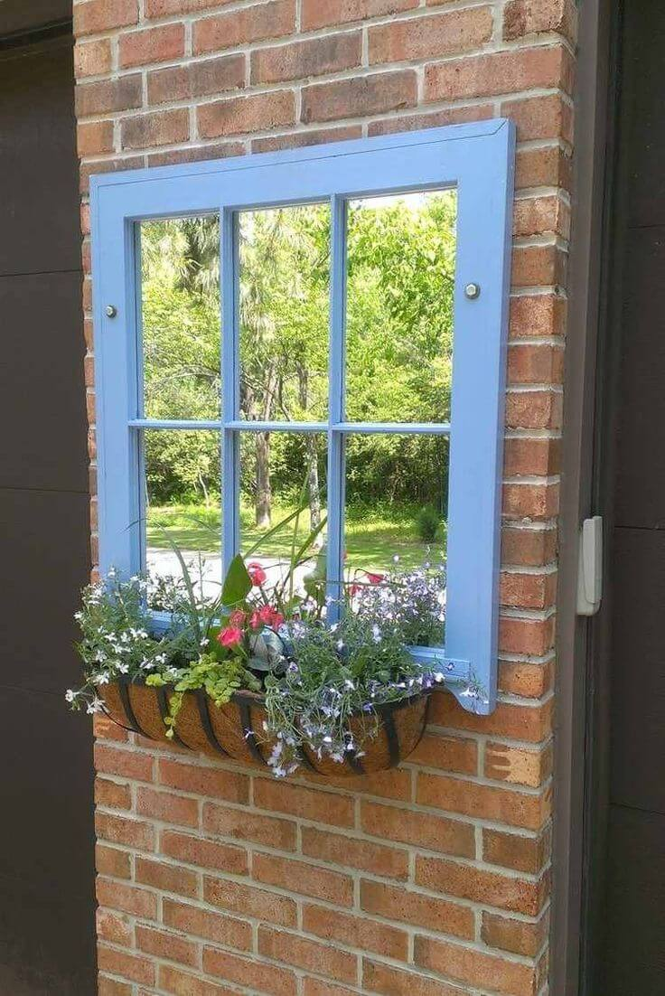 Hanging window with mirrors | Creative DIY Outdoor Window Decor Ideas