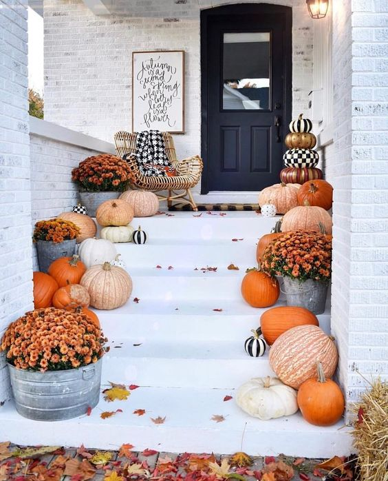 Autumn Yard Decorations: 25+ Best Fall Yard Decor Ideas And Designs (Pumpkins