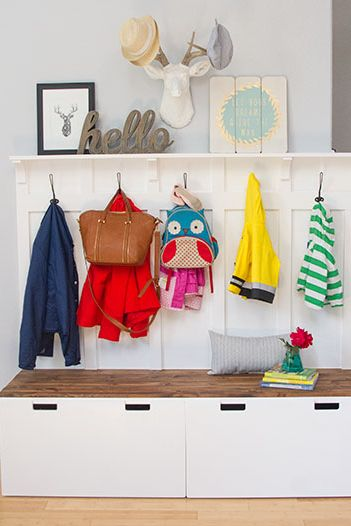 Hinged storage benches - Clever DIY Toy Storage & Organization Ideas & Projects For Kids