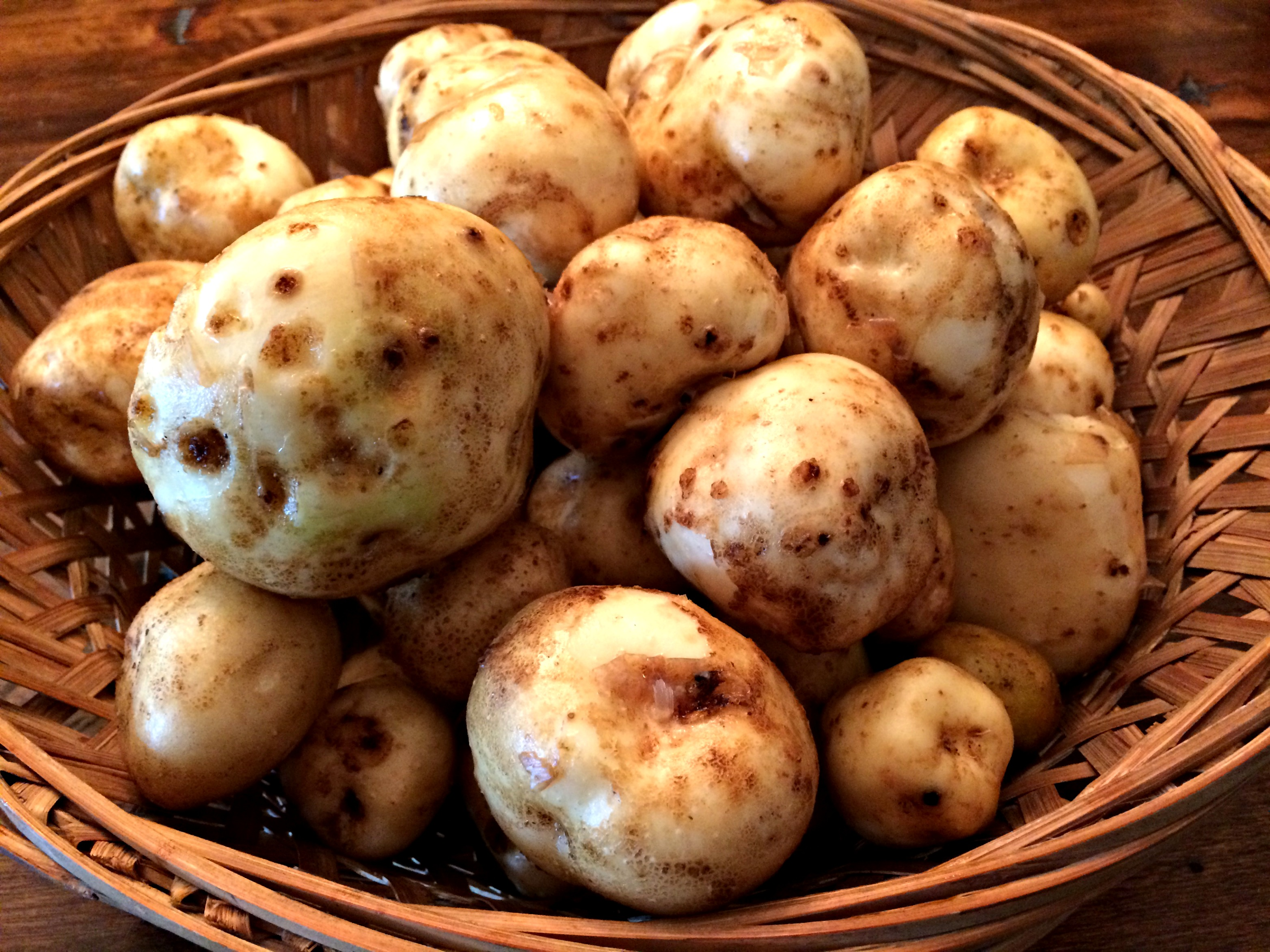 How To Grow Potatoes In A Home Garden Farm Fresh For Life Real Food For Health Wellness