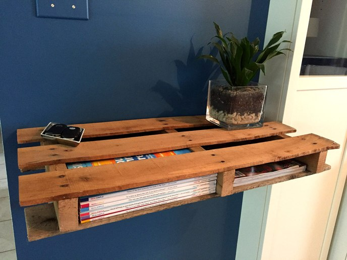 make shelf out of pallet