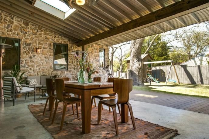 outdoor farmhouse chairs set