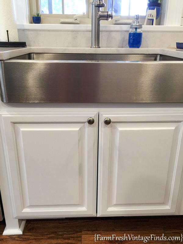 chip kitchen cabinets easy to do backsplash how achieve flawless white - farm ...