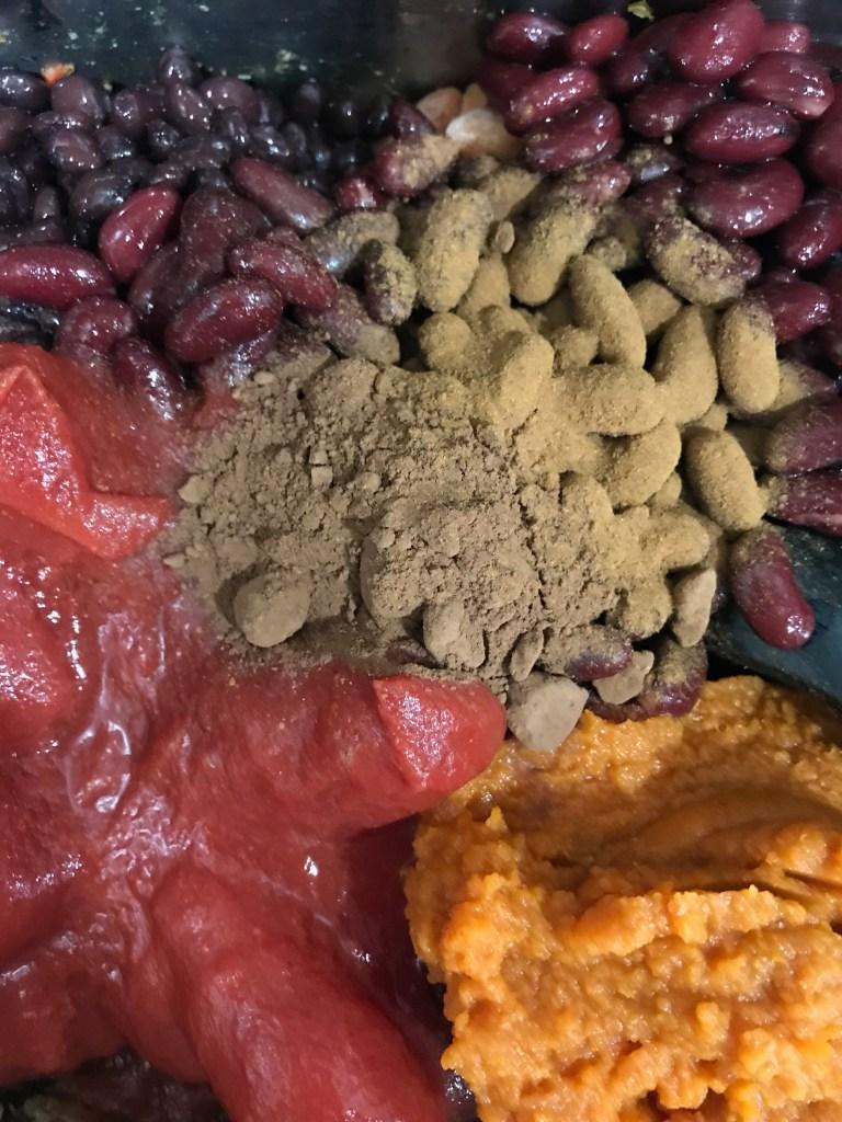 Farmhouseish - Sweet Potato Chili Ingredients