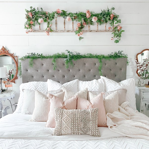 Farmhouseish - Shiplap Wall