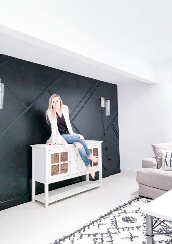 Create An Abstract Feature Wall For Less Than $100 With These Simple Steps