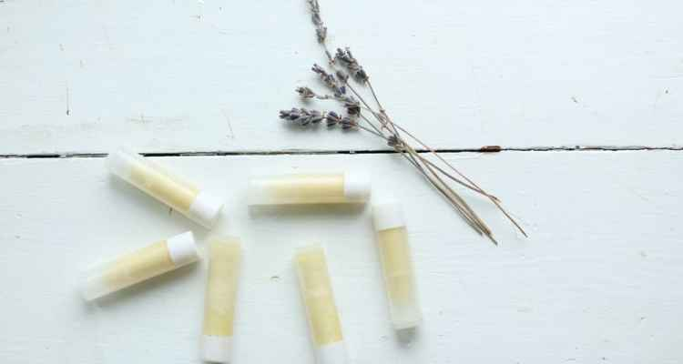All Natural Organic Cocoa DIY Lip Balm