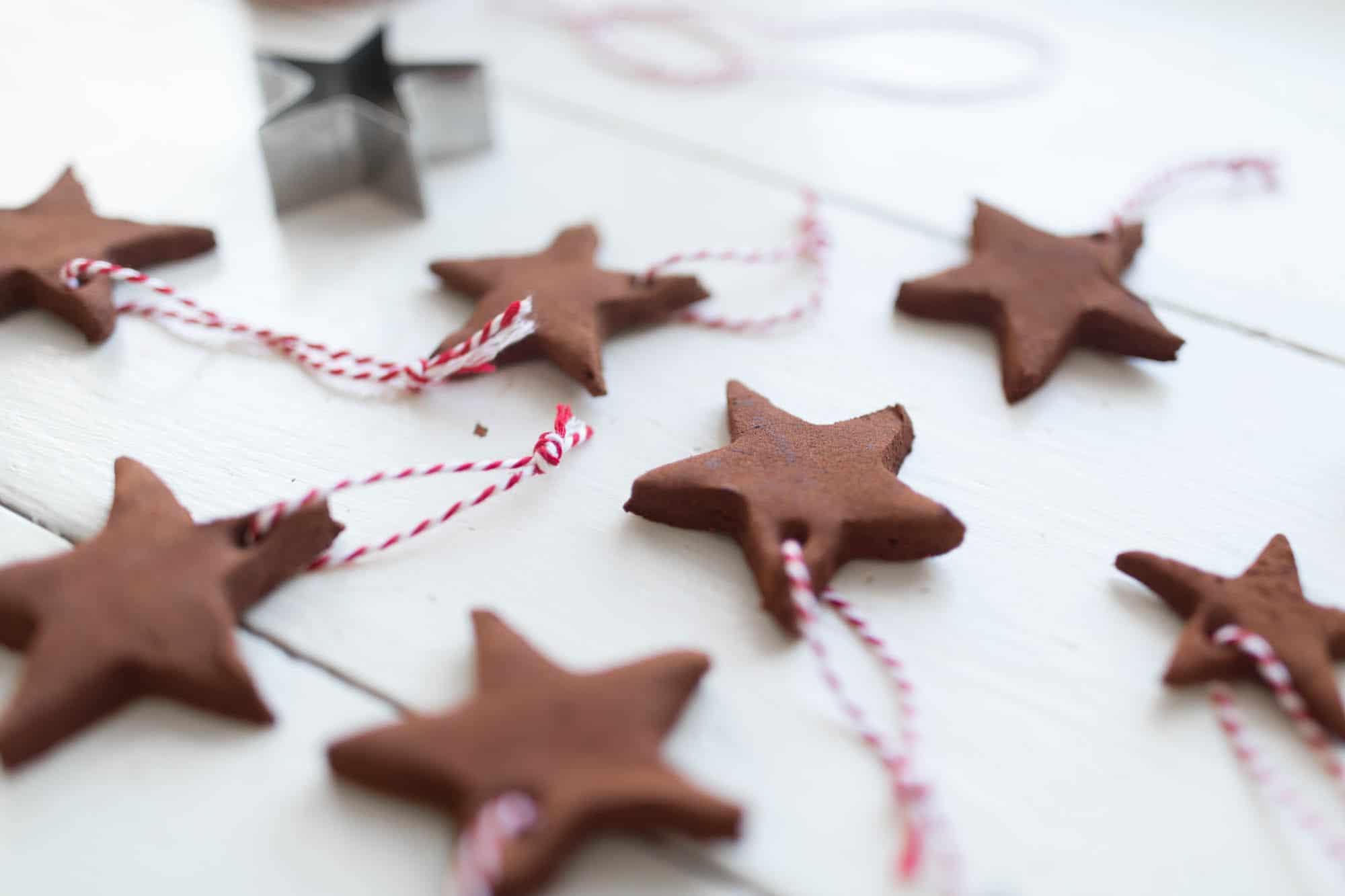 DIY Applesauce Cinnamon Ornaments Video Tutorial Great for Kids