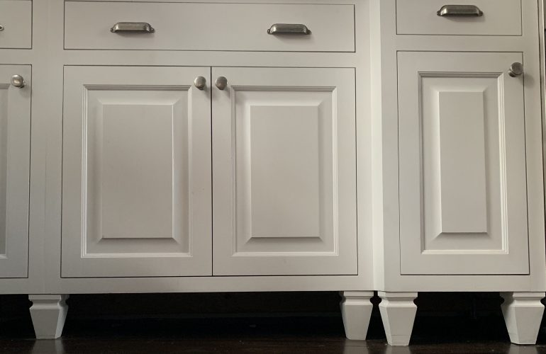 Find out how I chose freestanding cabinets for my farmhouse kitchen remodel. No toekicks.
