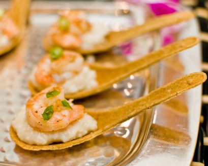 Shrimp and Grits on Edible Spoons