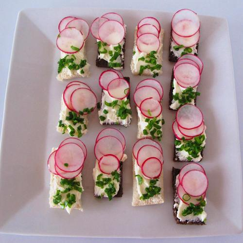 Radish and cream cheese appetizers for Spring