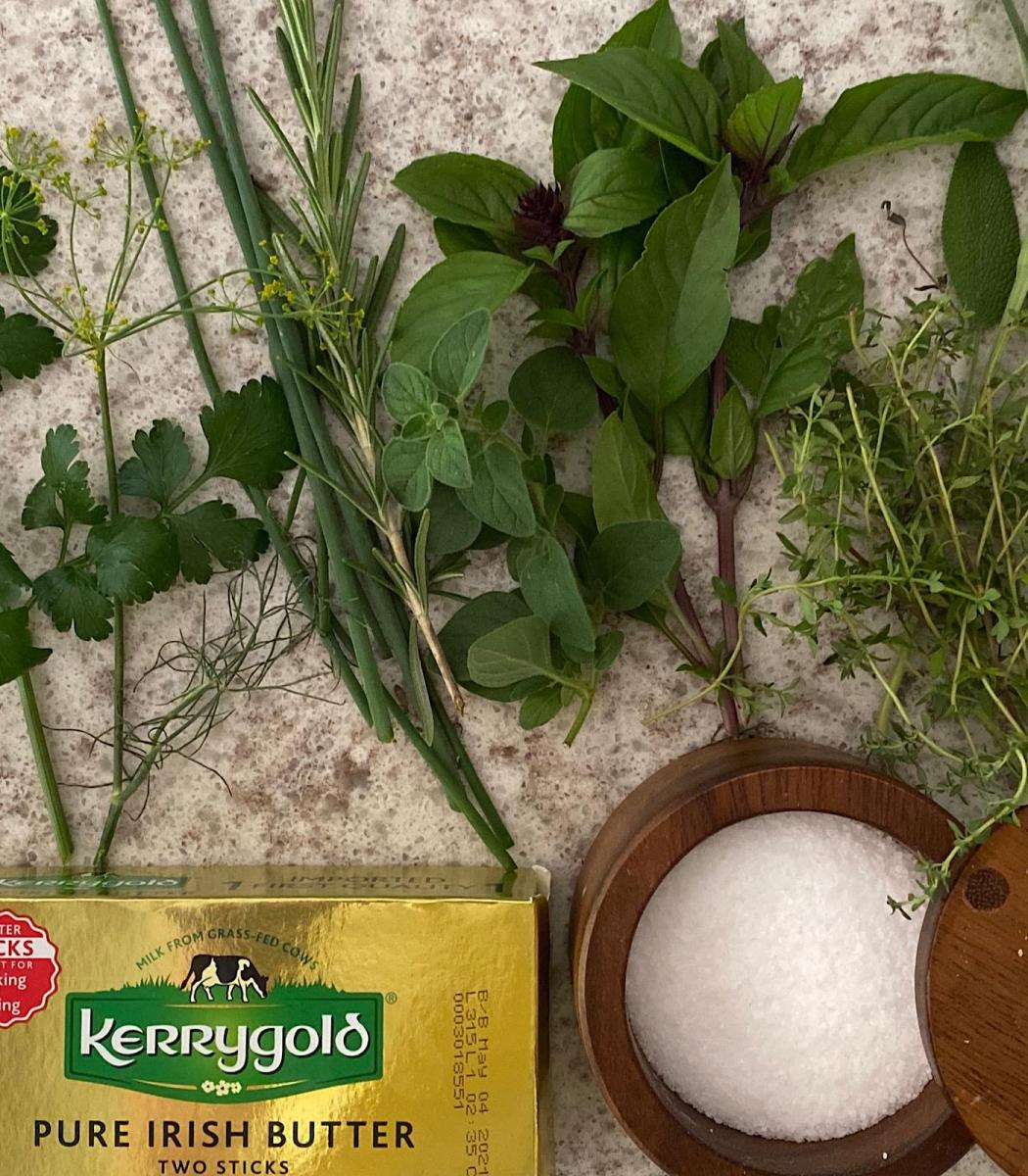 Ingredients for preserving fresh herbs as herbal salts