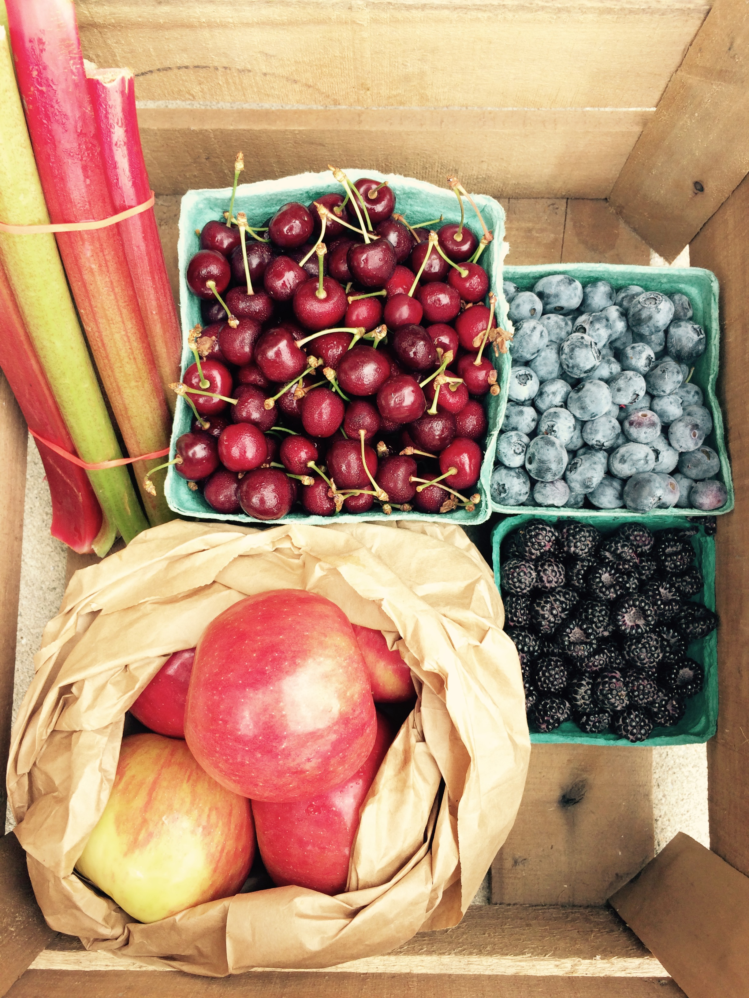 early summer fruit box