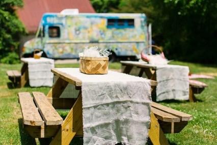 farm-truck-wedding-catering-setup