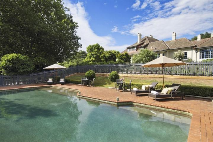 Peppers-Manor-House-Swimming-Pool.t37720