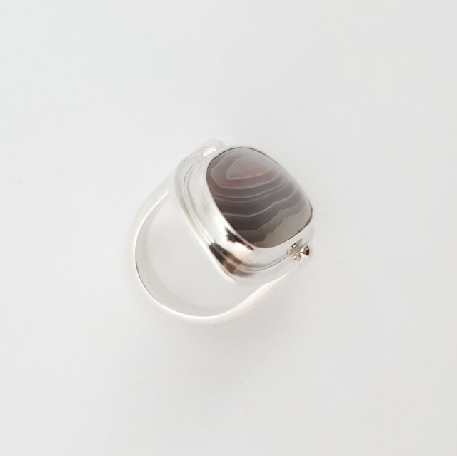 A top view of the botswana agate ring in silver
