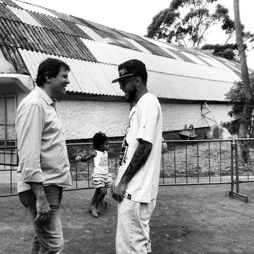 O encontro do prefeito Fernando Haddad e o rapper Emicida