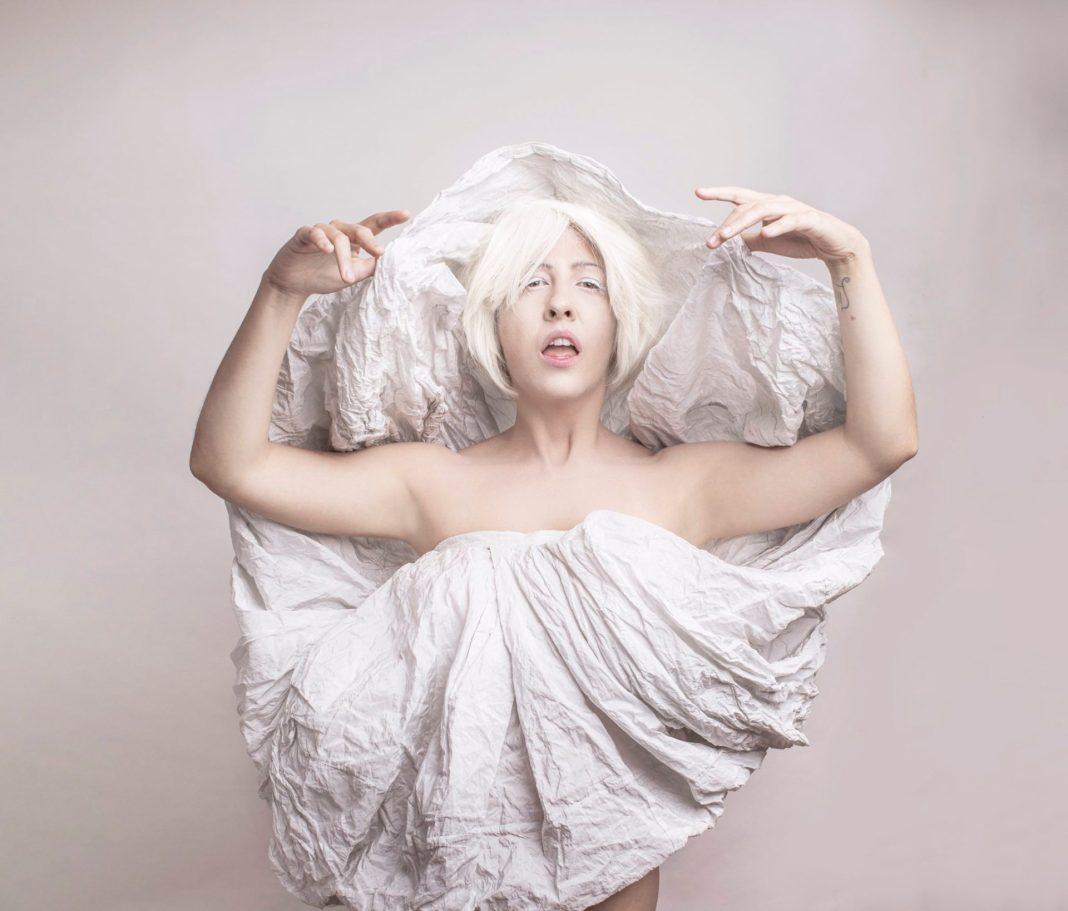 A cantora Ligiana Costa. Foto: José de Holanda